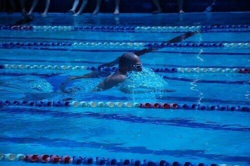 אימוני שחייה עם עידו סלע