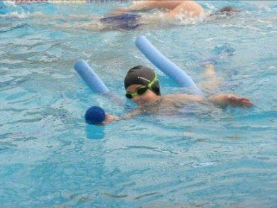 תרגילים במים לילדים עם היפוטוניה