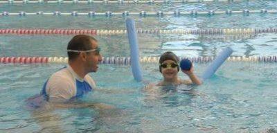 תרגילים במים לטונוס שריר חלש אצל ילדים