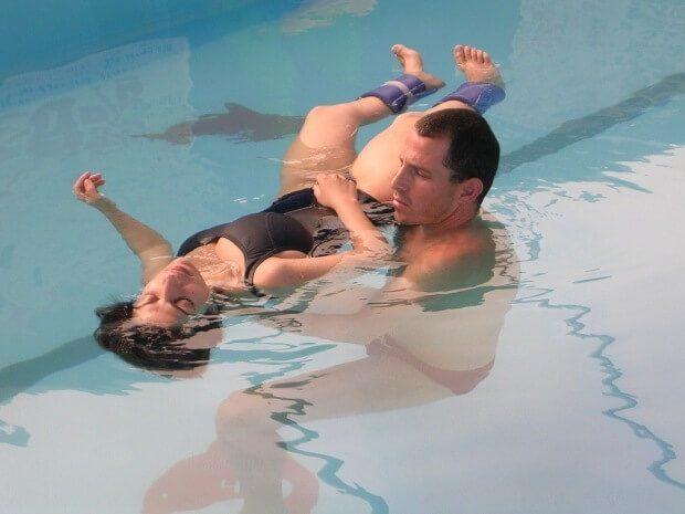 מטפל הידרותרפיה - פינוק במים