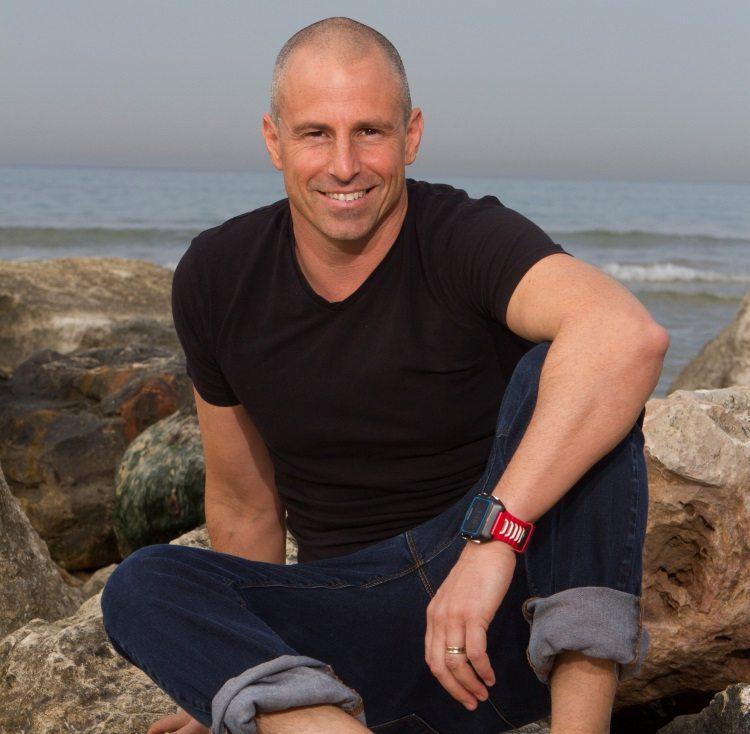 אורי סלע - מאמן שחייה והידרותרפיסט
