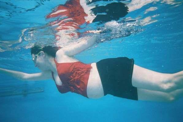 שחייה והידרותרפיה לנשים בהריון