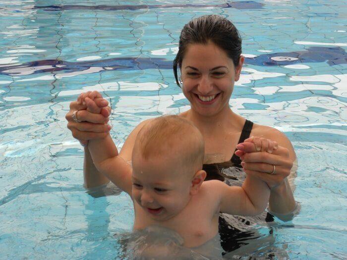 תמי סלע - מדריכת שחייה לפעוטות