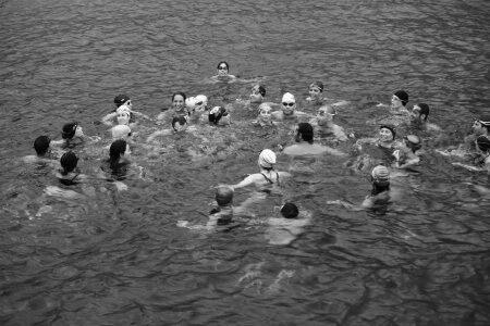 אימון שחייה בים