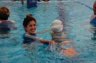 רוני נגרין- מדריכת שחיה, הידרותרפיסטית