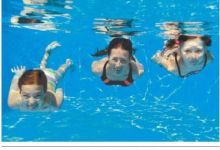 טיפול בבעיות קשר וריכוז בעזרת שחייה