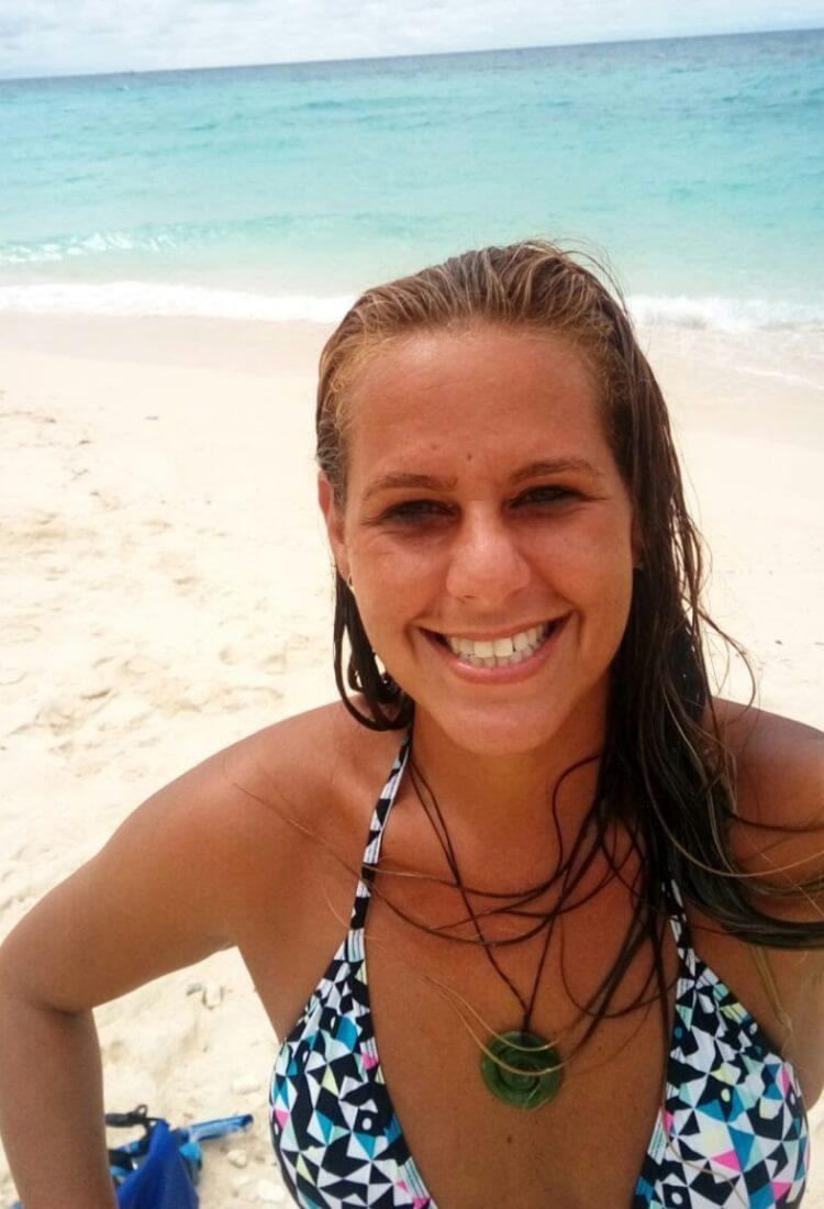 טטה ג'פקו - מטפלת הידרותרפיה ומדריכת שחייה לפעוטות