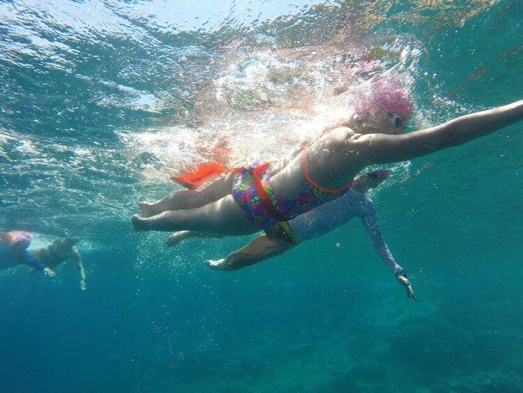 טיפים לשחייה בטוחה במים פתוחים