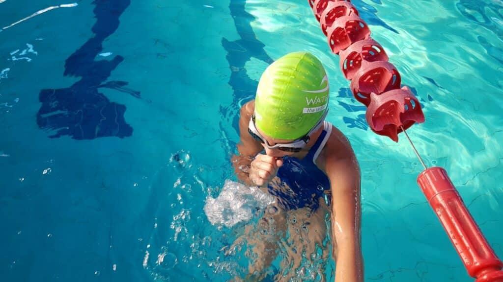 תרגילי בועות לילדים לשיפור הנשימה בשחייה