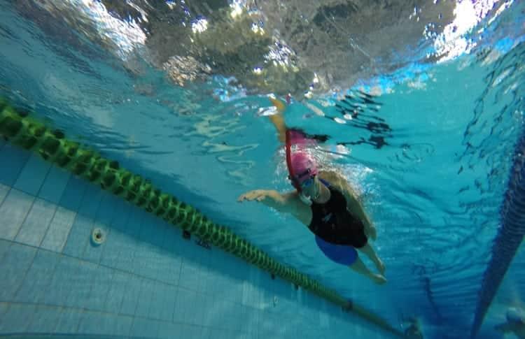 איך מסתגלים לשנורקל שחיינים