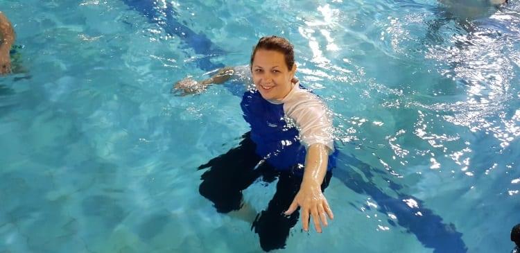 דבי קדוש - מדריכת שחייה