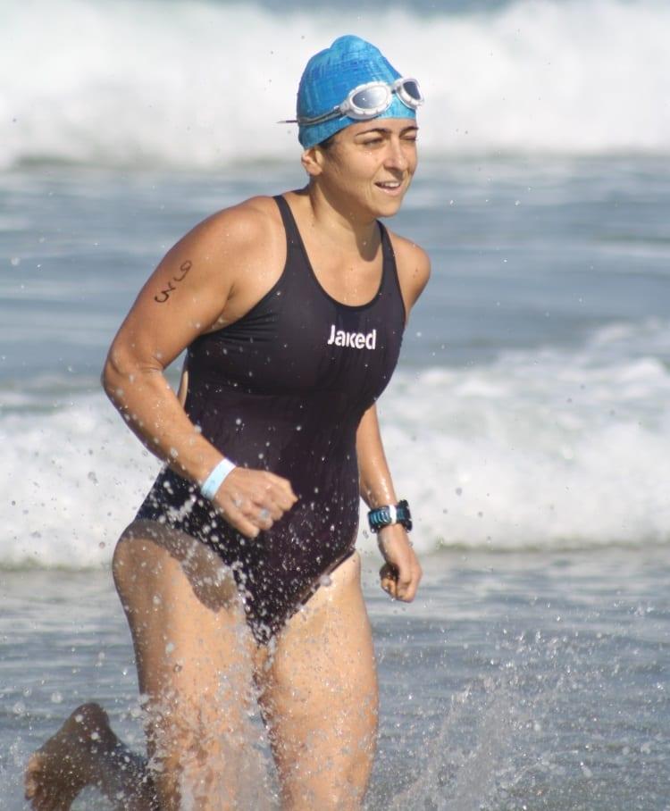 יונית נטף - מאמנת שחייה במים פתוחים